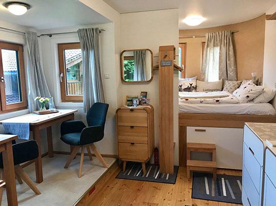 Tiny House der Luxusklasse bei TouchLife Praktikerin Kirsten Karin Gassner, Ramsau am Dachstein