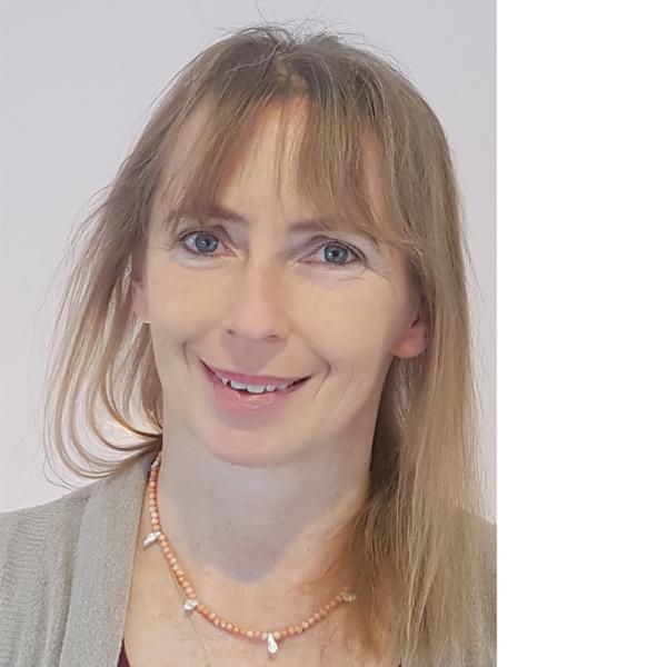 Nicole Henkel, TouchLife Massage-Lehrerin
