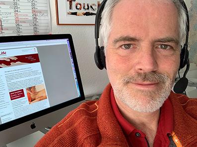 Interviews und Webinare mit Massage-Lehrer, Autor und Begründer TouchLife: Frank B. Leder